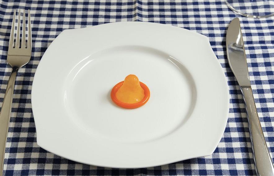 オナクラ 手コキ コンドーム